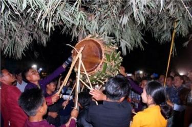 Lễ hội đập trống của người Ma-Coong được đưa vào danh mục di sản văn hóa phi vật thể quốc gia